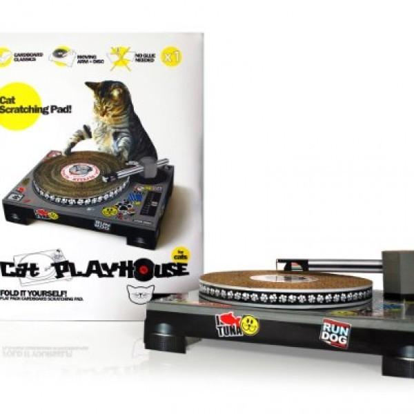 Suck-UK-Cat-Scratching-DJ-Deck-0-0