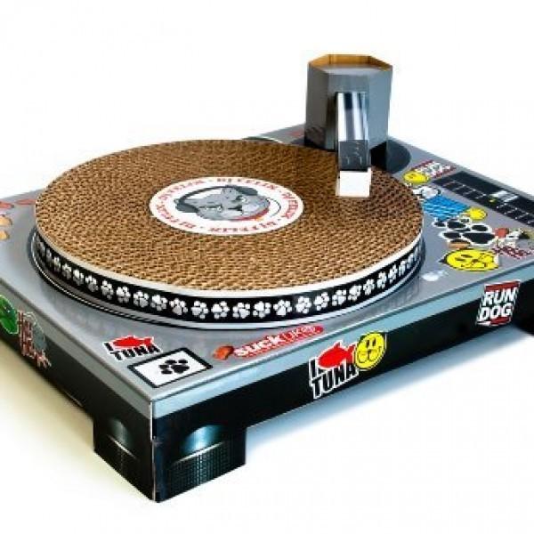 Suck-UK-Cat-Scratching-DJ-Deck-0-2