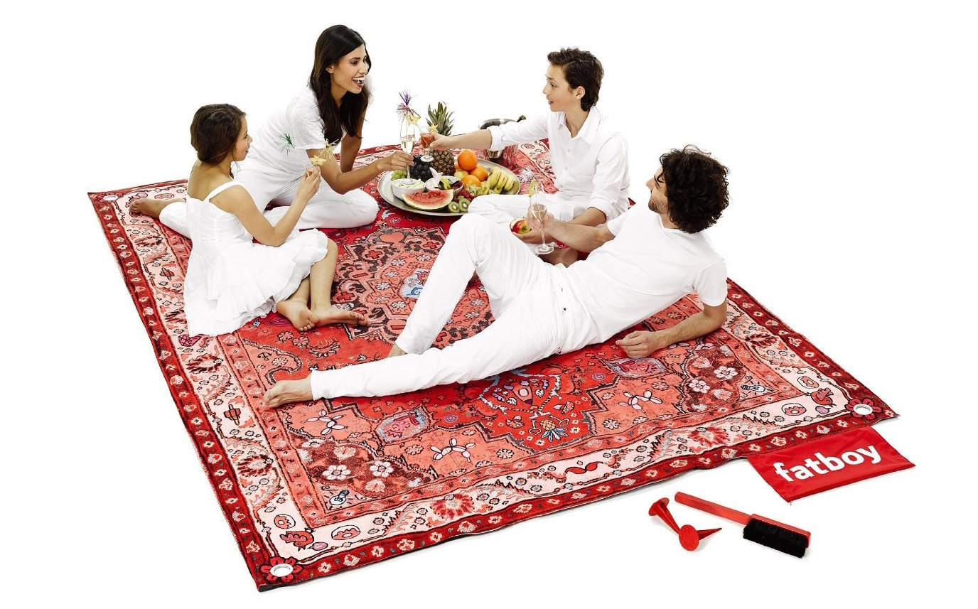 funny gift ideas for best friend - cool-gifts-picnic-carpet