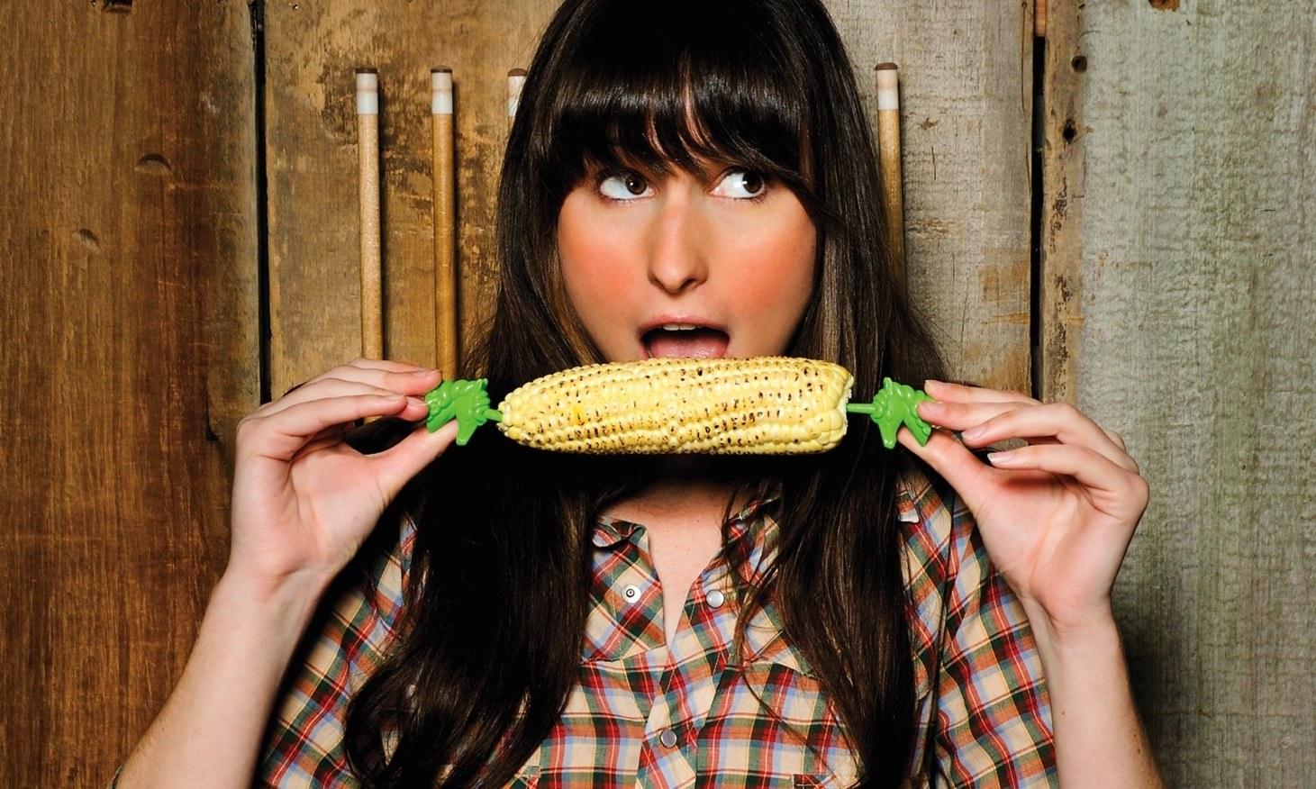 kitchen-gifts-unicorn-corn-holders