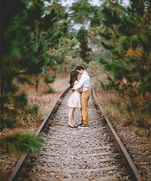 hug embrace train track cheap date ideas