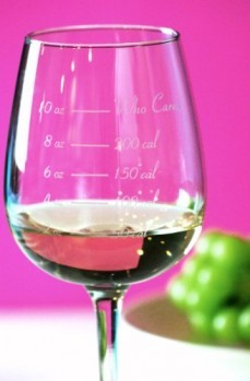 Caloric-Cuvee-The-Calorie-Counting-Wine-Glass-0