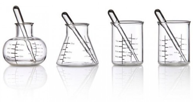 ThinkGeek-Laboratory-Shot-Glasses-0